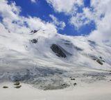 Вчера довелось побывать на леднике Туюксу. Высота - 3 500 метров над уровнем моря, холодно )