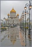 В Москве дождливая погода Adobe Lightroom перевод из RAW работа с параметрами белого и черного оттенков и контрастом