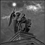 Фрагмент статуи на Исааковском соборе.